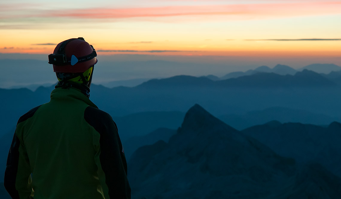 Chasing the sunrise to Triglav
